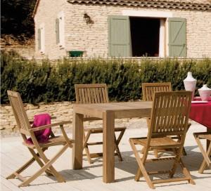 tavolo e sedie in legno teak